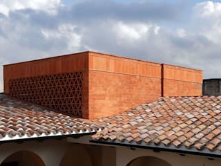 AGE/Alejandro Gaona Estudio Villas Bricks Red
