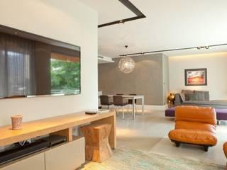 AGE/Alejandro Gaona Estudio Salas de estilo minimalista Concreto Blanco