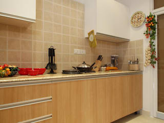 apartment Classic style kitchen by Tanish Dzignz Classic