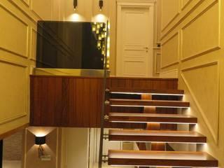 Pİ METAL TASARIM MERDİVEN – VİLLA MERDİVEN:  tarz Merdivenler, Modern