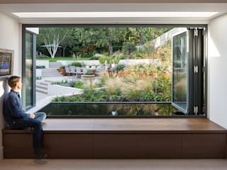 Weaving House Modern Garden by Fraher and Findlay Modern