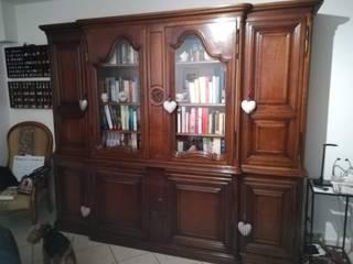 Libreria provenzale come nuova con il colore perfetto! Studio in stile mediterraneo di Mobili a Colori Mediterraneo