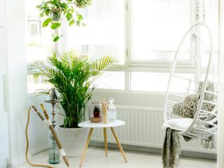 Ruang Keluarga Gaya Skandinavia Oleh Meer met interieur Skandinavia