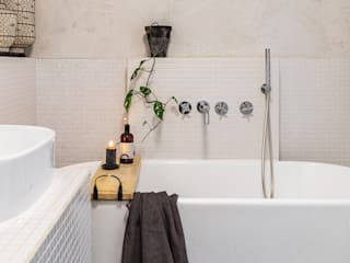 Mediterranean style bathroom by Pure & Original Mediterranean