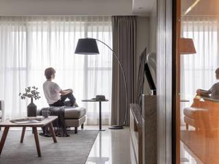 Salas / recibidores de estilo  por 存果空間設計有限公司, Moderno