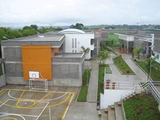 Diseño Centro Administrativo del Menor Infractor- Quindío Casas de estilo industrial de GEOARKITECTURA S.A.S. Industrial