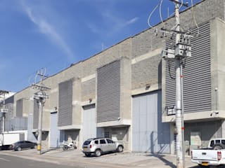 Diseño Bodegas Industriales Bodegas de estilo industrial de GEOARKITECTURA S.A.S. Industrial