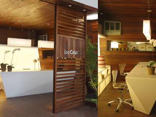Minimalistische Arbeitszimmer von Viviane Cunha Arquitectura Minimalistisch