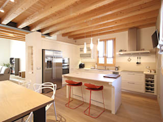 CURIOSITY KITCHEN Naturalmente Legno Srl Built-in kitchens