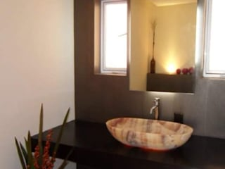 Salle de bain moderne par D.I. Liliana López Zanatta Moderne