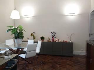 Appartamento RM12 di GDAdesign Moderno
