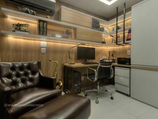 Home office: Escritórios  por Arquiteta Raquel de Castro,Moderno