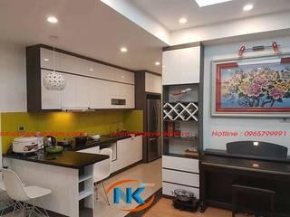 Không gian sống đa dạng sắc màu với mẫu tủ bếp acrylic bởi Nội thất Nguyễn Kim