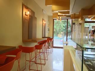 Studio Ferlenda Restaurantes Aluminio/Cinc