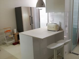 Projeto SJ - Maia: Cozinhas  por Kitchen In,Moderno