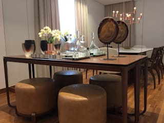 Classic style dining room by Flavia Castellan Arquitetura Classic