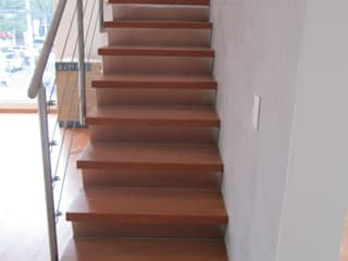 MADAN Arquitectos Stairs Iron/Steel Metallic/Silver