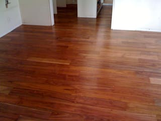 MADAN Arquitectos Floors Solid Wood Wood effect