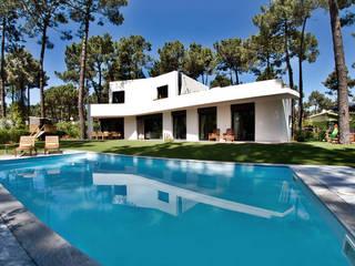 Moradia Aroeira Casas modernas por Novostudio Arquitectos Moderno