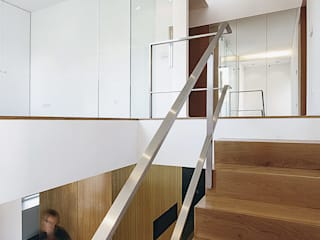 Moradia nos Olivais Casas modernas por Novostudio Arquitectos Moderno
