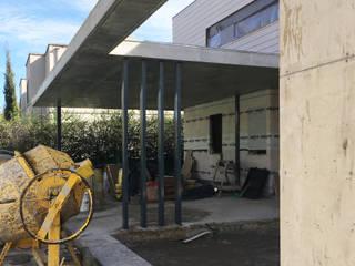 Casa en la Martinica de Crespi + Ruiz Arqs Moderno