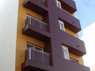 Edificio de viviendas de garaymaestre arquitectos Moderno