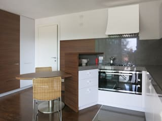 MOLTENI / BARON ASSOCIATI CuisineGarde-manger Bois