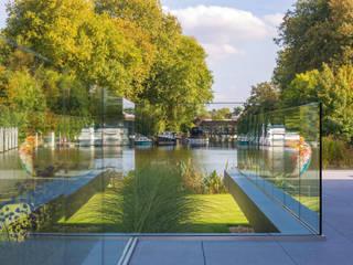 HUF Haus MODUM Flachdach Moderner Garten von HUF HAUS GmbH u. Co. KG Modern