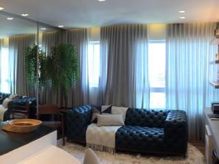 Apartamento no Edifício Promenade Salas de estar modernas por TOAR Arquitetura Moderno