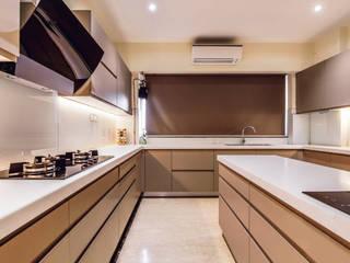 Modular Kitchen Mumbai: classic  by Greco Modular Kitchen,Classic