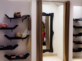 Designing Ideas for a fashion store by VIRTUS SPACES PRIVATE LIMITED