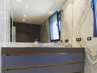 Móvel casa de banho:   por Alquimia ,Moderno
