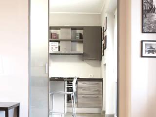 Appartamento in zona fiera Cucina moderna di studio di progettazione architetto caterina martini Moderno