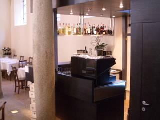 Le scuderie - ristorante Gastronomia in stile eclettico di studio di progettazione architetto caterina martini Eclettico