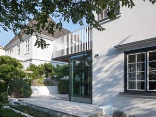 Modern conservatory by REICHWALDSCHULTZ Hamburg Modern