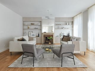 Lichelle Silvestry Interiors Modern living room Grey