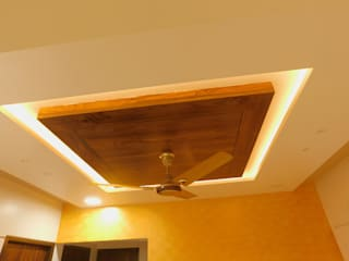 2 BHK PROJECT :  Dining room by AXLE INTERIOR,Modern