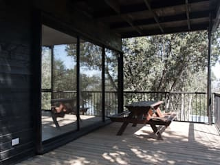 Casa Olmue: Ventanas de PVC de estilo  por MACIZO, ARQUITECTURA EN MADERA, Moderno