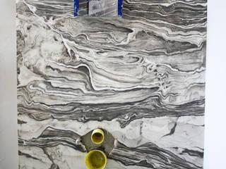 Fugenloses Bad - Marmorierung Ausgefallene Badezimmer von Studio Witti - Atelier für Gestaltung Ausgefallen