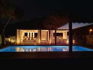 Rustic style house by Desarrollo y Estudio Ardeco s.l. Rustic