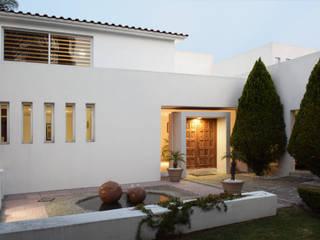 San Benjamín Casas de estilo moderno de Martina arquitectura Moderno