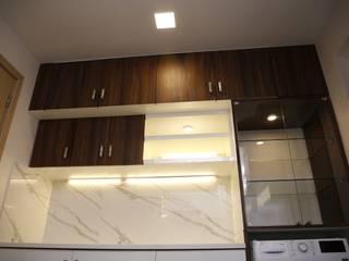 DLF Newtown Heights Kolkata - Kitchen Modern kitchen by Kphomes Modern
