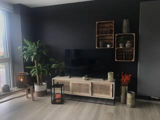 Moradia Salas de estar modernas por Bairro Deco - Decoração de Interiores e Mobiliário Moderno