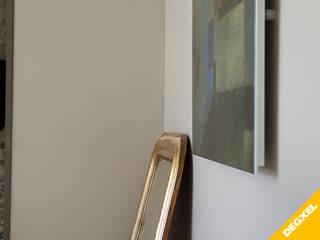 Installation de 3 radiateurs design extra plats design avec décor de tableau d'art Salon classique par DEGXEL Classique