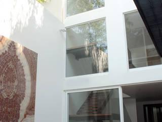 emARTquitectura Arte y Diseño Dinding & Lantai Minimalis Beton White