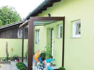 Classic style conservatory by Schmidinger Wintergärten, Fenster & Verglasungen Classic