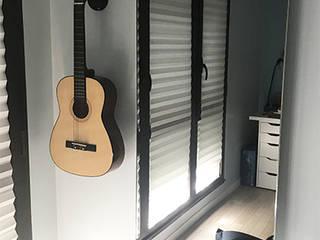 Installation de 3 radiateurs design MIROIR CHAUFFANT extra plats design DEGXEL Petites chambres Métallisé / Argent