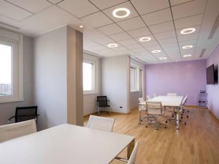 Sede uffici a Milano Complesso d'uffici moderni di studio di progettazione architetto caterina martini Moderno