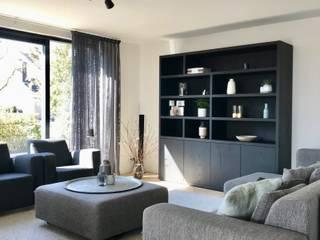Woonhuis Oudorp Moderne woonkamers van Lifs interieuradvies & styling Modern