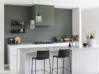 Vrijstaande woning Alkmaar Moderne keukens van Lifs interieuradvies & styling Modern